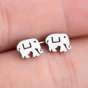 Jewelry - Stud elephant shape Small earrings